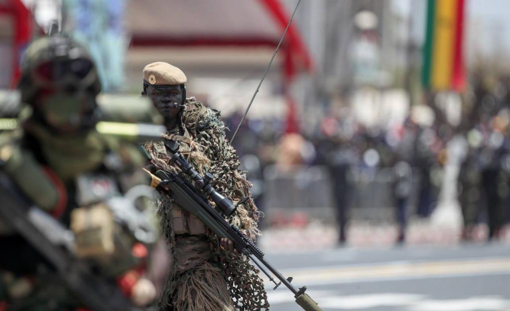 Bakel: Bagarre rangée entre forces spéciales de l'armée et éléments du Gign
