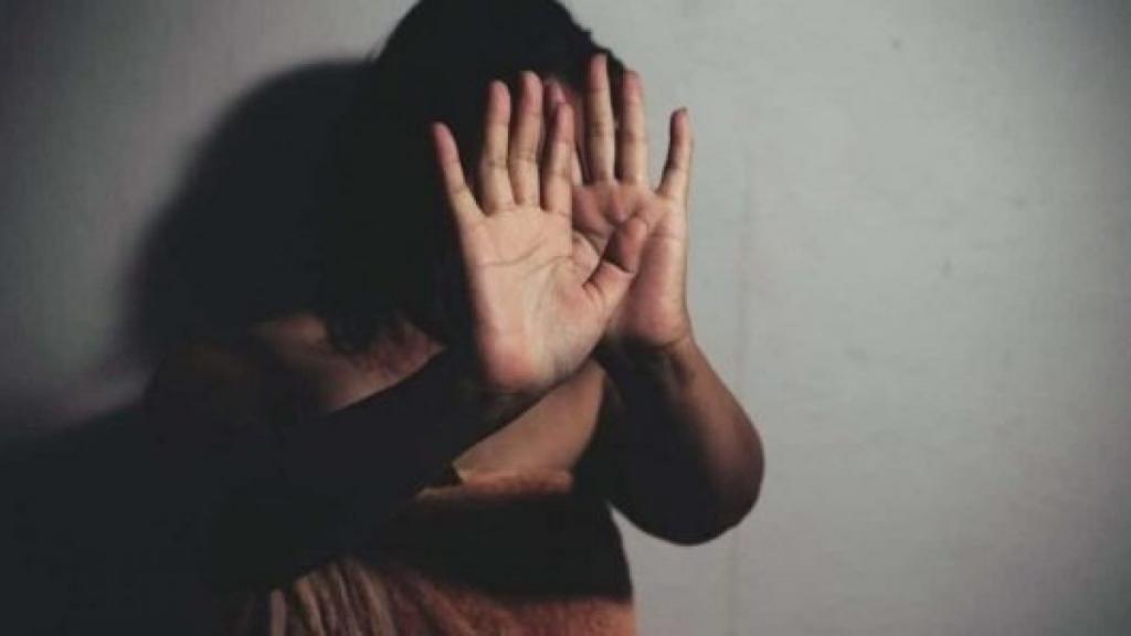 Comment une fille a été kidnappée et violée pendant des jours et forcés de vendre de la drogue