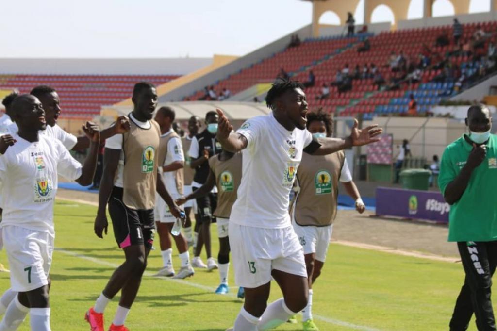 Coupe CAF : qualification historique du Jaraaf en quarts de finale !